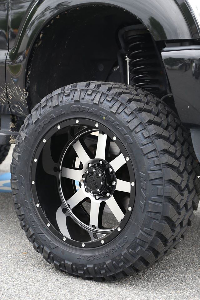 Lifted 2014 F250 Platinum on Gear Alloy Big Blocks ...