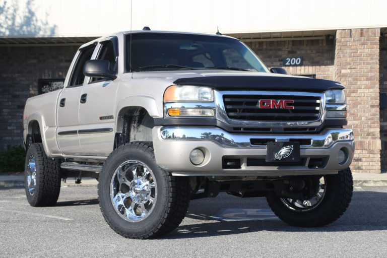 Lifted GMC Sierra 2500HD on Fuels - Trinity Motorsports