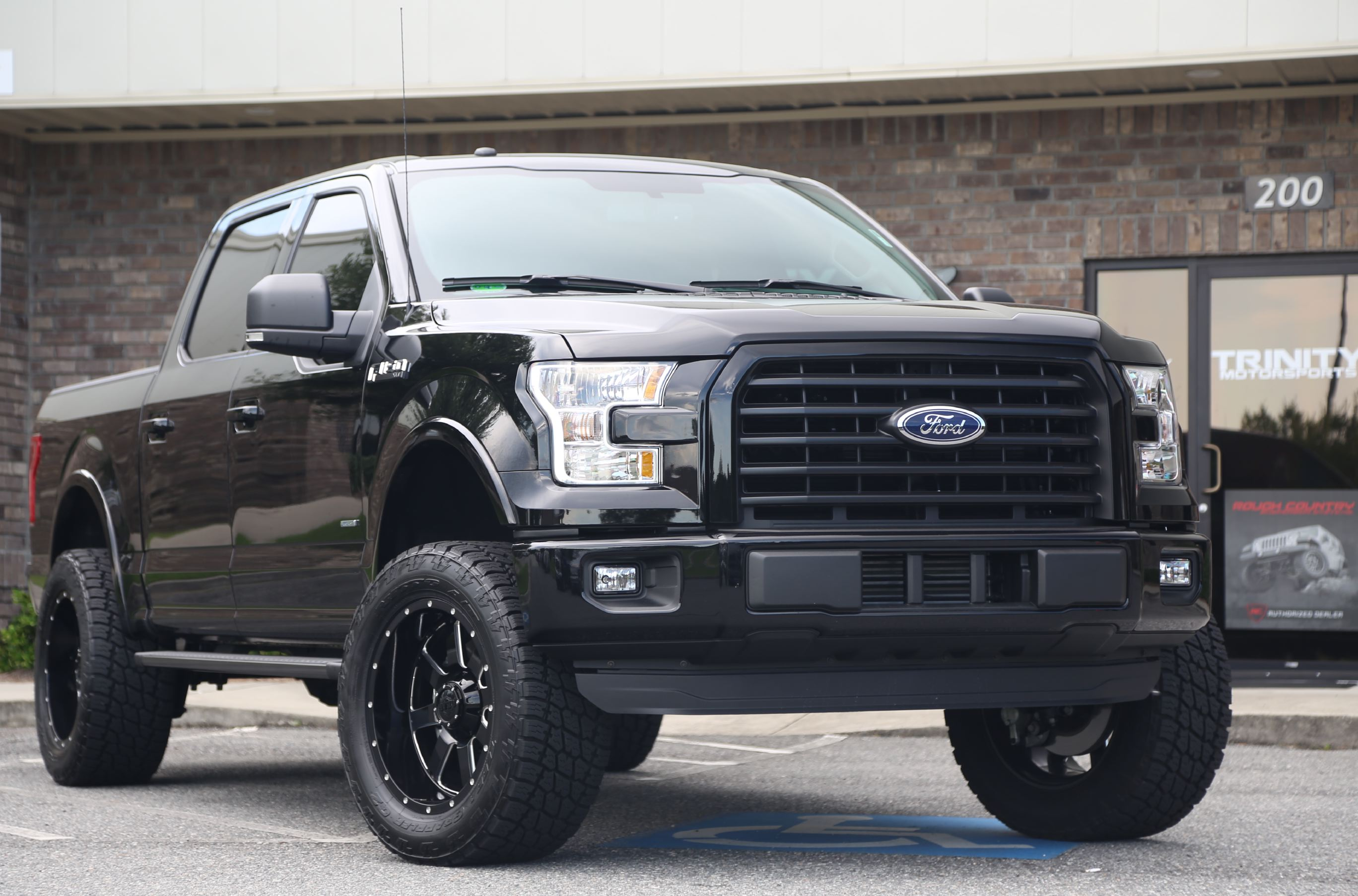6 lifted 39 16 ford f150 on gear alloys trinity motorsports. Black Bedroom Furniture Sets. Home Design Ideas