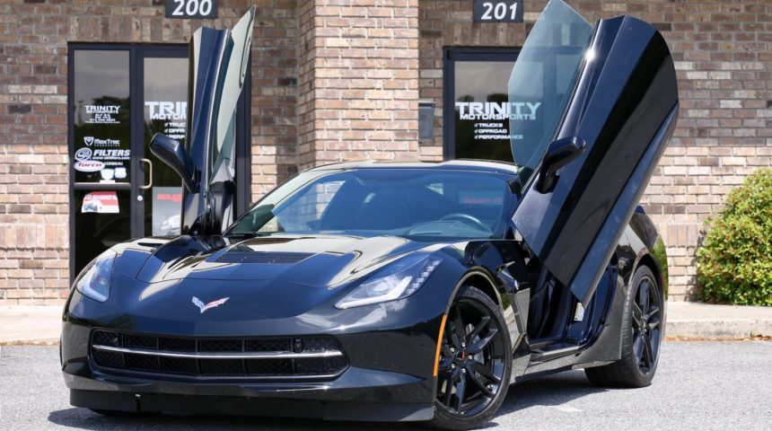 C7 Corvette Stingray Vertical Lambo Doors & Borla Exhaust