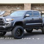 2018 Tacoma with 6″ Maxtrac Lift, 20×12 Gears, & 33″ Toyos