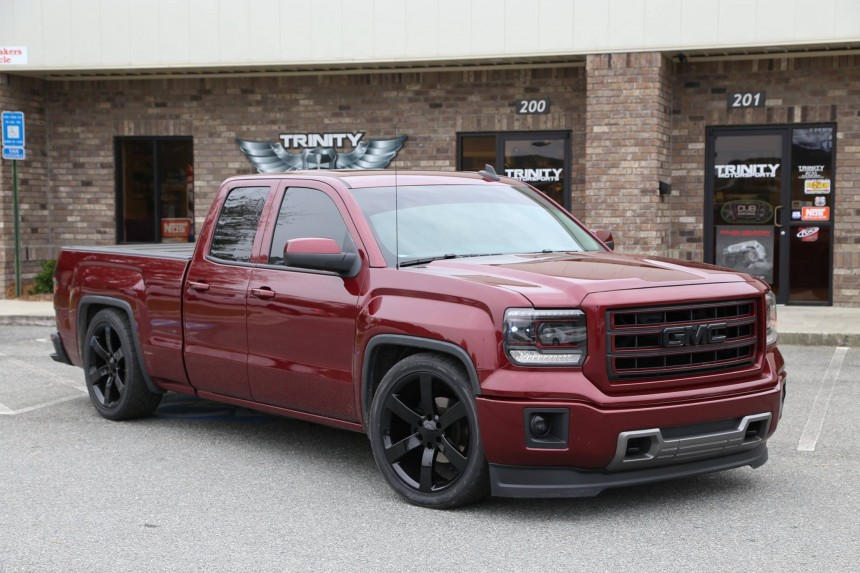 Lowered GM Trucks and SUVs - Trinity Motorsports